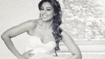 Check out Bipasha Basu tries her wedding attire!