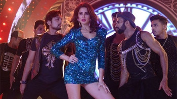 Check out Oye Oye song video from Azhar!