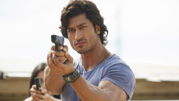 Commando 2 First Weekend Box-office Collection!
