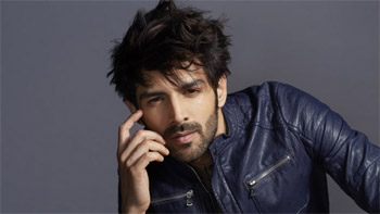 Dadasaheb Phalke Excellence Awards: Kartik Aaryan walks away with Best Entertainer Award