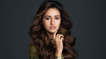 Disha Patani's role details in M. S. Dhoni - The Untold Story revealed