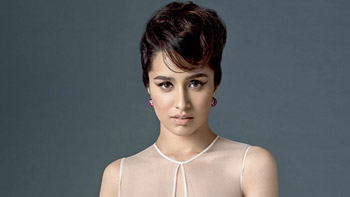 Find out who is giving Shraddha Kapoor sleepless nights!