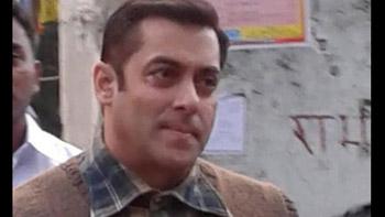 Salman Khan spotted shooting for Tubelight in Manali