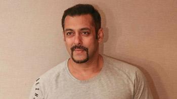 Salman Khan to essay double role in Judwaa 2