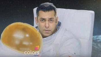 Salman Khan turns astronaut in Bigg Boss 10!