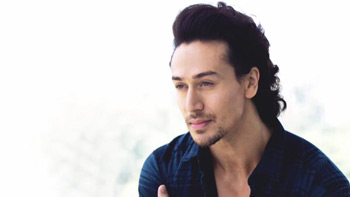 Tiger Shroff's cupcakes and biryani treat for film Baaghi: Rebel For Love team