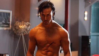 Tiger Shroff to begin training under Shaolin Soccer's action director Tony Ching for Baaghi 2