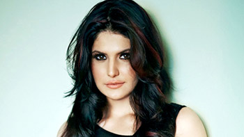 Zarine Khan to recreate magic of Khallas song in Veerappan