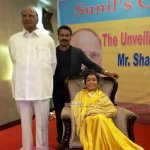 Asha Bhosle and Sharad Pawar's wax statues unveiled at MCA Lounge in Wankhede Stadium
