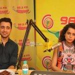 Kangana Ranaut and Imran Khan at Radio Mirchi studio to promote their film 'Katti Batti'