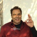 Dharmendra celebrates 80th birthday with cake cutting along with the media