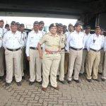 Ranbir Kapoor felicitated Mumbai Traffic Police for their service