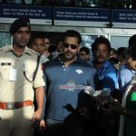 Salman Khan Snapped on Arrival for his Court Case at Mumbai Domestic Airport from Jaipur