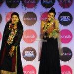 Kangana Ranaut and R. Madhavan with Performance by Nooran Sisters at film 'Tanu Weds Manu Returns' Sangeet Party