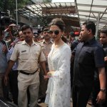 Deepika Padukone visits Siddhivinayak temple to seek blessings for her upcoming film 'Tamasha'
