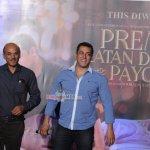 Salman Khan, Sonam Kapoor among other Celebs at film 'Prem Ratan Dhan Payo' trailer launch