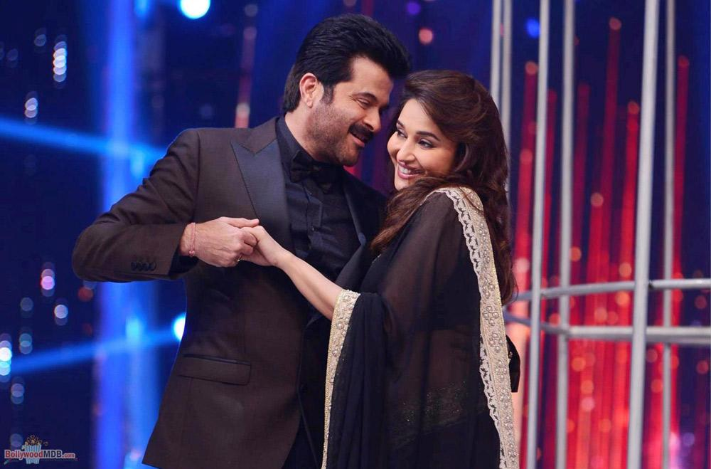 90s hit on-screen couple Madhuri Dixit and Anil Kapoor may reunite for 'Total Dhamaal'!