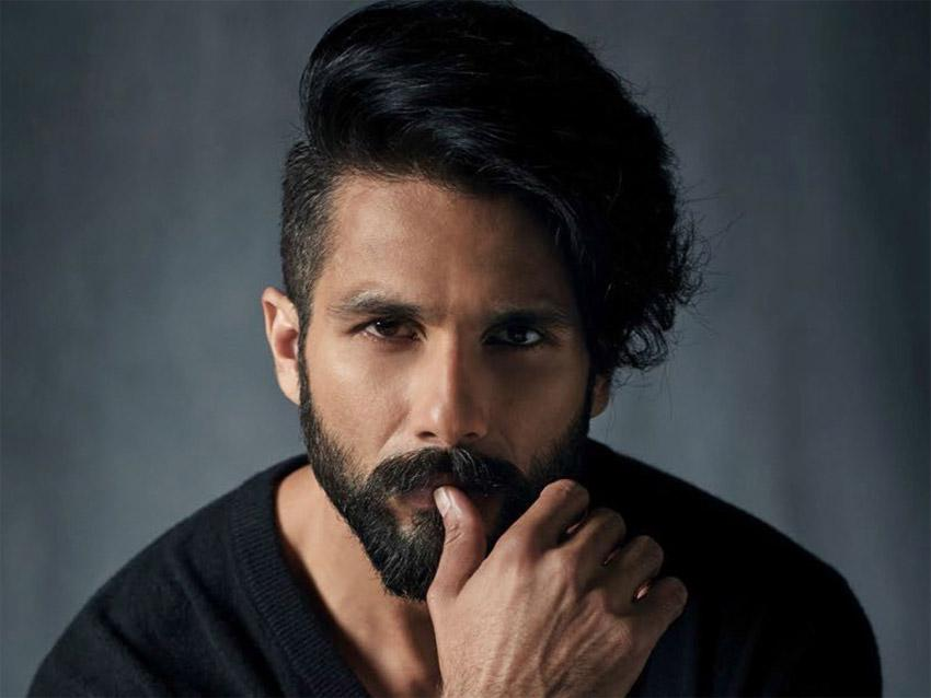 Shahid Kapoor yet to sign the Arjun Reddy remake on the dotted line?